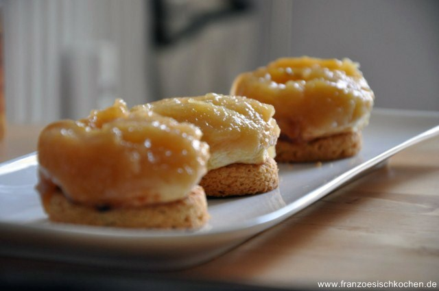 Tatin sur Palet breton (kleiner Apfelkuchen auf bretonische Kekse)