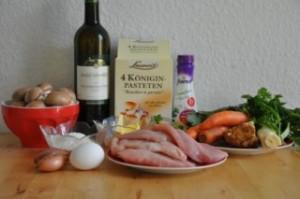bouchees-a-la-reine-koniginpasteten-mit-geflugelragout-backen-fleisch-hauptspeisen-rezepte-franzosisch-kochen-by-aurelie-bastian