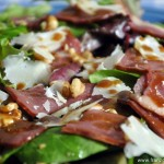 Salade de Magret de Canard fumé (Salat mit geräucherte Barbarieentenbrust)