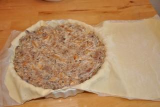 tourte-au-confit-de-canard-et-girolles-ou-champignons-des-bois-pastete-von-entenconfit-und-pfifferlinge-oder-waldpilze-backen-fleisch-hauptspeisen-rezepte-quiche-tarte-vorspeisen-weihnachten-franzosisch-kochen-by-aurelie-bastian
