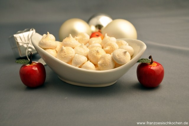 meringues-de-pierre-herme-baisers-von-pierre-herme-backen-kekse-platzchen-rezepte-nachspeisen-weihnachten-franzosisch-kochen-by-aurelie-bastian