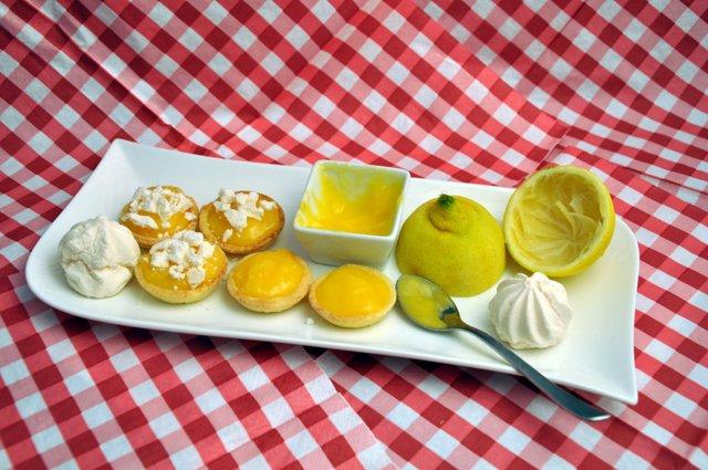 creme-de-citron-lemon-curd-zitronencreme--lemon-curd-rezepte-nachspeisen-franzosisch-kochen-by-aurelie-bastian