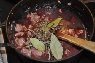 daube-provencale-provenzalisches-schmorfleisch-fleisch-hauptspeisen-rezepte-franzosisch-kochen-by-aurelie-bastian