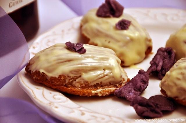 Madeleines à la violette (Veilchen-Madeleines)