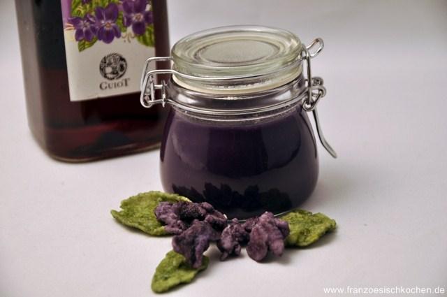 creme-a-la-violette-veilchencreme-rezepte-nachspeisen-franzosisch-kochen-by-aurelie-bastian