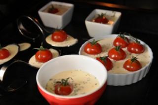 cremes-brulees-salees-a-la-tomate-salzige-cremes-brulees-mit-tomaten-backen-rezepte-vegetarisch-vorspeisen-franzosisch-kochen-by-aurelie-bastian