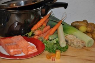 soupe-de-saumon-au-safran-fisch-hauptspeisen-rezepte-suppen-vorspeisen-weihnachten-franzosisch-kochen-by-aurelie-bastian