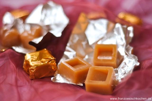 Rezept: Caramels mous au beurre salé (zarte Salzbutter Karamellbonbons)   www.franzoesischkochen.de