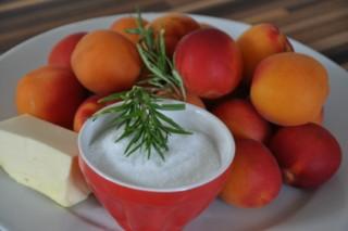 tarte-tatin-aux-abricots-et-romarin-aprikosenrosmarin-tatin--backen-rezepte-nachspeisen-tarte-franzosisch-kochen-by-aurelie-bastian