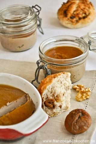 Rezept: Terrine de foie de volailles au Porto façon foie gras et sa gelée au Calvados (Gefülgel Leberpastete mit Portwein und Calvados Gelée)   www.franzoesischkochen.de