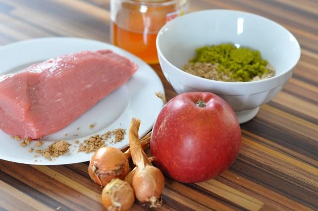 Rezept: Veau aux fruits du Mendiant et pommes (Weihnachtlicher Kalbsbraten)   www.franzoesischkochen.de