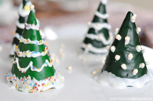 mon-beau-sapin-roi-des-forets-o-tannenbaum-backen-kekse-platzchen-rezepte-nachspeisen-torten-weihnachten-franzosisch-kochen-by-aurelie-bastian