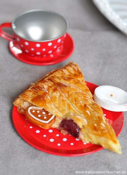 galette-des-rois-cerisespistaches-backen-rezepte-nachspeisen-tarte-torten-weihnachten-franzosisch-kochen-by-aurelie-bastian