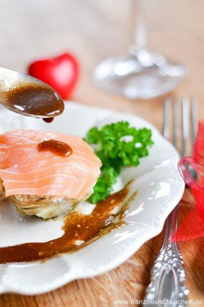 Rezept: Mousse de saumon sur lit dartichaut (Lachsmousse auf Artischocken)   www.franzoesischkochen.de