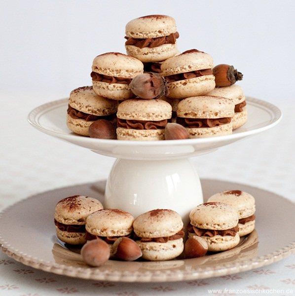 Rezept: Macarons à la noisette (Haselnuss Macarons)   www.franzoesischkochen.de