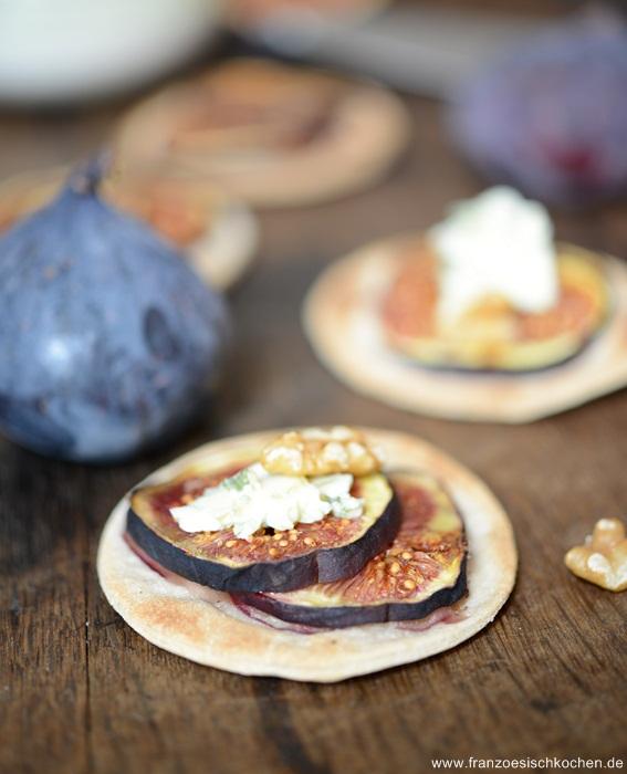 Rezept: Tartes fines figues   Roquefort ( feine Feigen Roquefort Tartes )   www.franzoesischkochen.de
