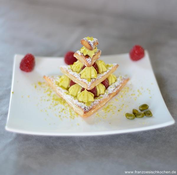 Rezept: Sapin en mille feuille ( Mille Feuille Tannenbaum)    www.franzoesischkochen.de