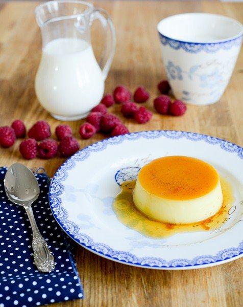 Crème renversée au caramel ( umgekippter Vanillepudding mit Karamell )