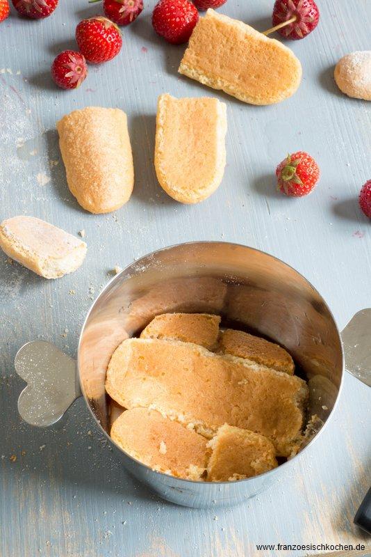 charlotte-aux-fraises--erdbeercharlotte---backen-rezepte-nachspeisen-torten-franzosisch-kochen-by-aurelie-bastian