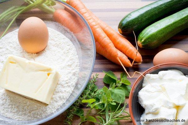 tarte-fleur-salee-carottescourgettes-comme-une-rose-salzige-tarte-mohrenzucchini-wie-eine-rose-backen-hauptspeisen-rezepte-snacks-und-kleine-gerichte-tarte-vegetarisch-vorspeisen-franzosisch-kochen-by-aurelie-bastian