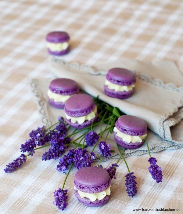 Rezept: Danke für alles... die Gewinner und ein Lavendel Macarons Rezept   www.franzoesischkochen.de