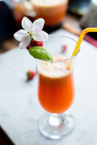 cocktail-fur-gross-und-klein-aperitif-getranke-kinder-snacks-und-kleine-gerichte-vesper-franzosisch-kochen-by-aurelie-bastian