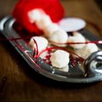 Truffes blanches à la noix de coco (Weiße-Schokoladen-Trüffeln mit Kokosnuss)
