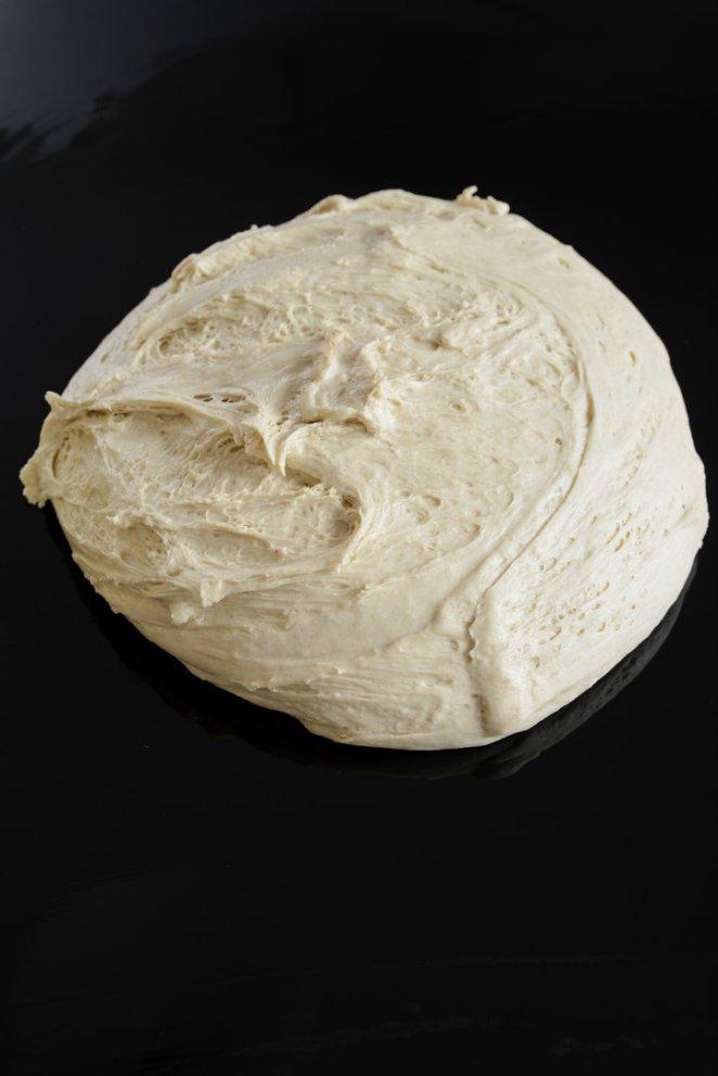 meine-nacht-mit-maurice-knuspriges-sauerteigbrot-backen-brot-vegetarisch-franzosisch-kochen-by-aurelie-bastian