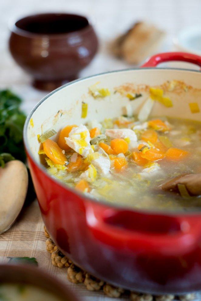 bouillon-de-poule-franzosische-huhnerbruhe-hauptspeisen-rezepte-suppen-franzosisch-kochen-by-aurelie-bastian