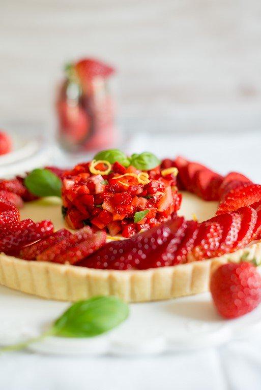Tarte aux fraises, citron & basilique (Erdbeertarte mit Zitrone und Basilikum)