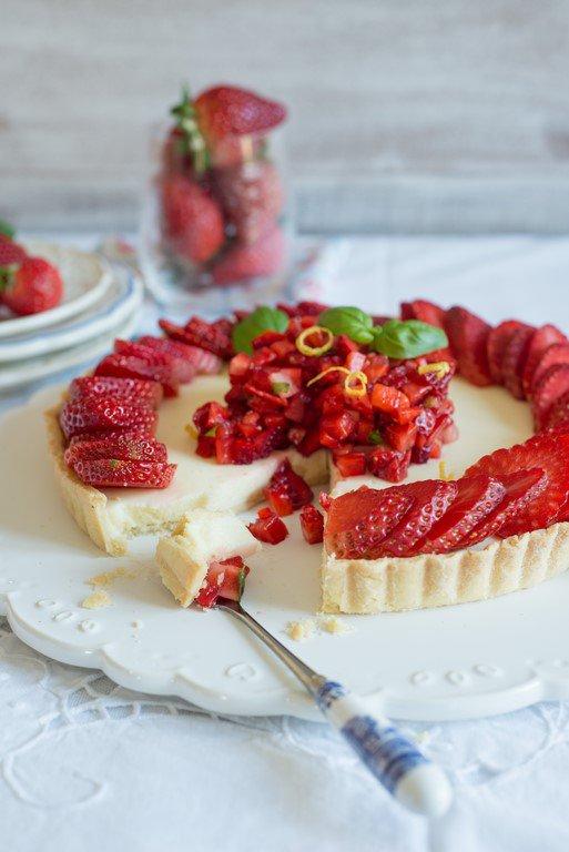 tarte-aux-fraises-citron--basilique-erdbeertarte-mit-zitrone-und-basilikum-backen-kinder-tarte-torten-vesper-franzosisch-kochen-by-aurelie-bastian
