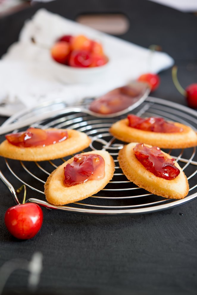 barquettes-aux-cerises-backen-kekse-platzchen-kinder-rezepte-nachspeisen-vesper-franzosisch-kochen-by-aurelie-bastian