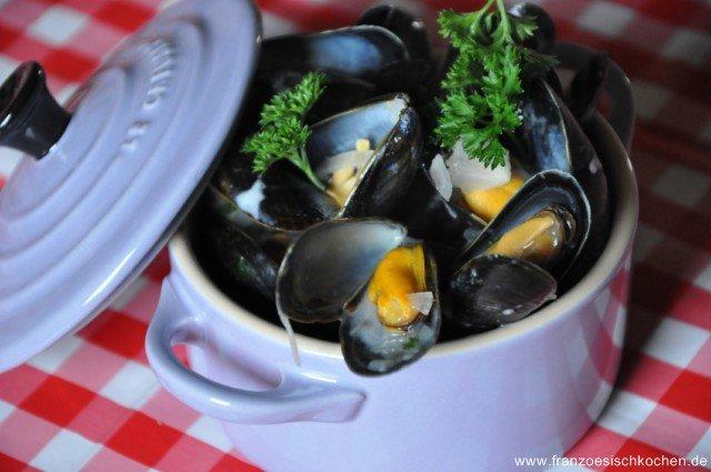 Moules marinières (Muscheln in Weisswein)