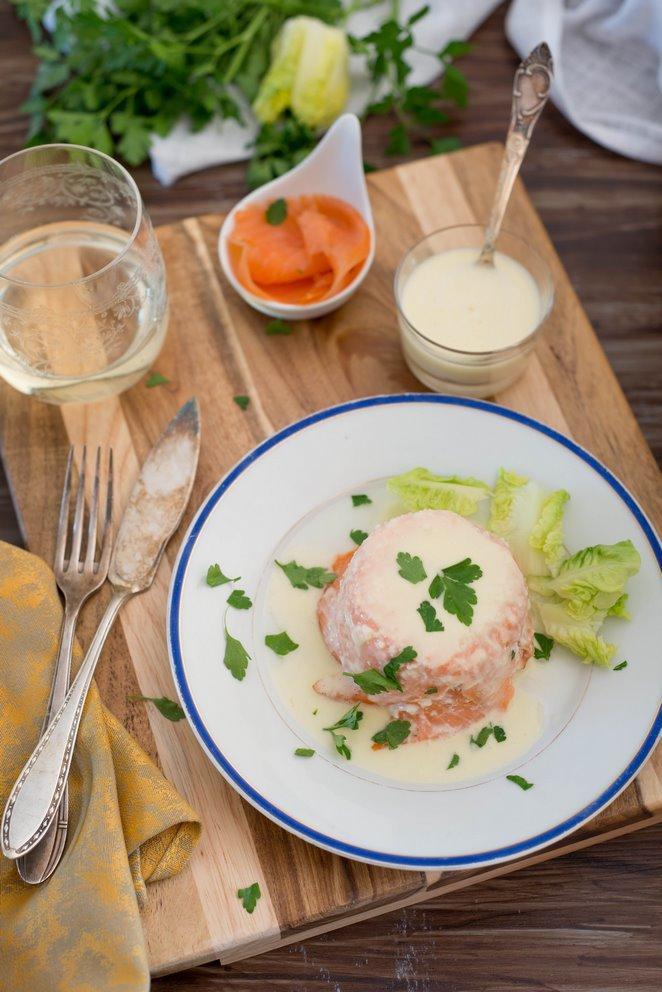 fischterrine-mit-weisser-buttersauce-terrine-de-poissons-sauce-au-beurre-blanc-dsc2639-640x480