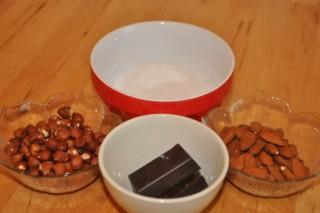 pralines-au-chocolat-croquant-et-au-massepain-knusprige-schoko-und-marzipan-pralinen-dsc4469-320x200