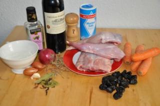lapin-aux-pruneaux-et-vin-rouge-kaninchen-mit-rotwein-und-pflaumen-dsc4755-320x200