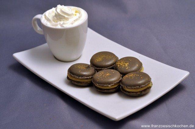 macarons-a-la-creme-de-caramel-au-beurre-sale-macarons-mit-salzbutterkaramellcreme-dsc6673bgfb-640x480