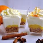Verrines orange-citron au pain d'épices (Verrines mit Orange Curd, Zitronen Chantilly und Lebkuchen)