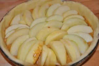 tarte-aux-pommes-pralinee-apfelkuchen-mit-pralinen-creme-dsc7444-320x200