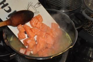 soupe-de-saumon-au-safran