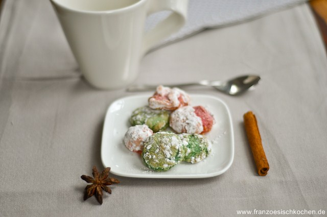 mignardises-de-macarons-ou-comment-utiliser-les-macarons-mignardises-aus-macarons-oder-was-man-aus-misslungenen-macarons-machen-kann--
