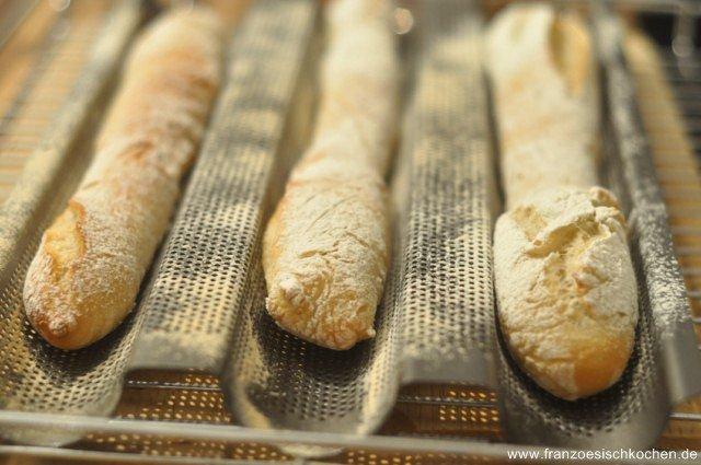 Une petite baguette … magique (Französisches Baguette selber backen)
