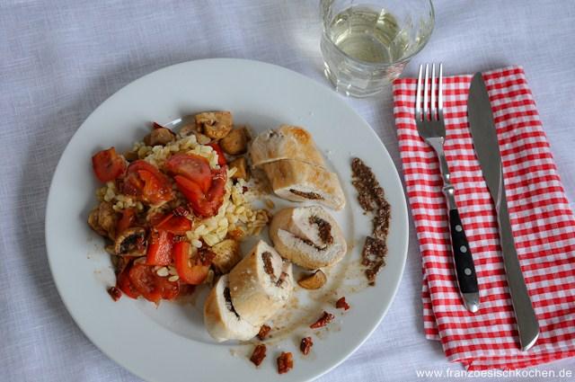 supreme-de-dinde-a-la-tapenade-et-tomates-sechees