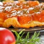 Tarte tatin aux abricots et romarin (Aprikosen-Rosmarin Tatin )