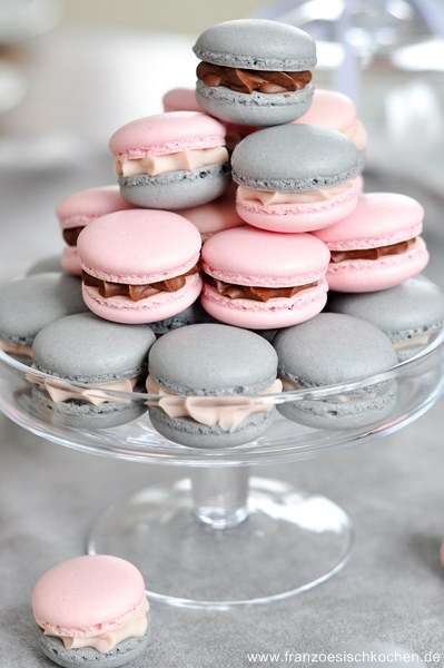 macarons-a-la-reglisse-et-a-la-badiane-lakritz-und-sternanis-macarons--dsc41072-copier