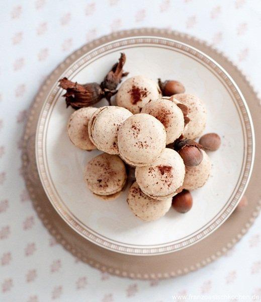 macarons-a-la-noisette-haselnuss-macarons-dsc39452-copier