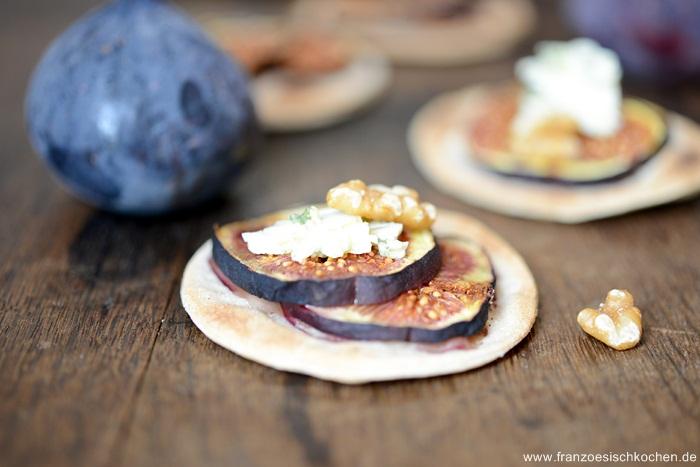 tartes-fines-figues--roquefort--feine-feigenroquefort-tartes--dsc07381-copier
