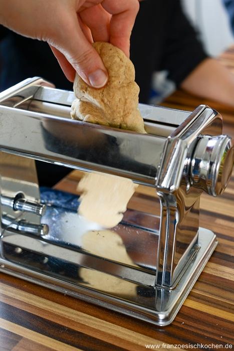 pate-fraiches-a-la-farine-de-chataigne-sauce-armagnac-figues-et-girolles--hausgemachte-kastaniennudeln-mit-armagnacfeigenpfifferligsauce-dsc12021-copier