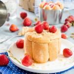 Charlotte aux fraises ( Erdbeer-Charlotte )
