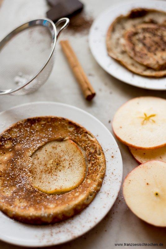 crepes-aux-pommes-crepes-mit-apfeln-dsc32031-copier